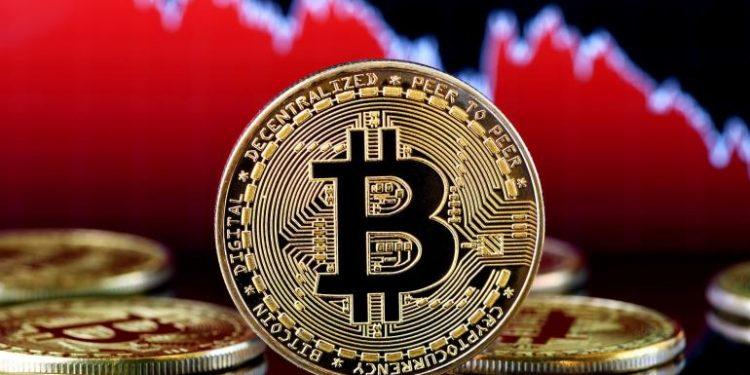 Bitcoin Mart'tan Bu Yana En Düşük Seviyeyi Gördü! Sırada 30 Bin Dolar mı Var?