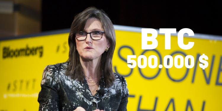 Ark Invest CEO'su Cathie Wood, Düşüşe Rağmen Bitcoin'de 500.000 Dolar'ı Hedefliyor